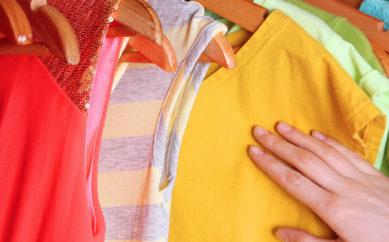 Come togliere le macchie da trasferimento di colore