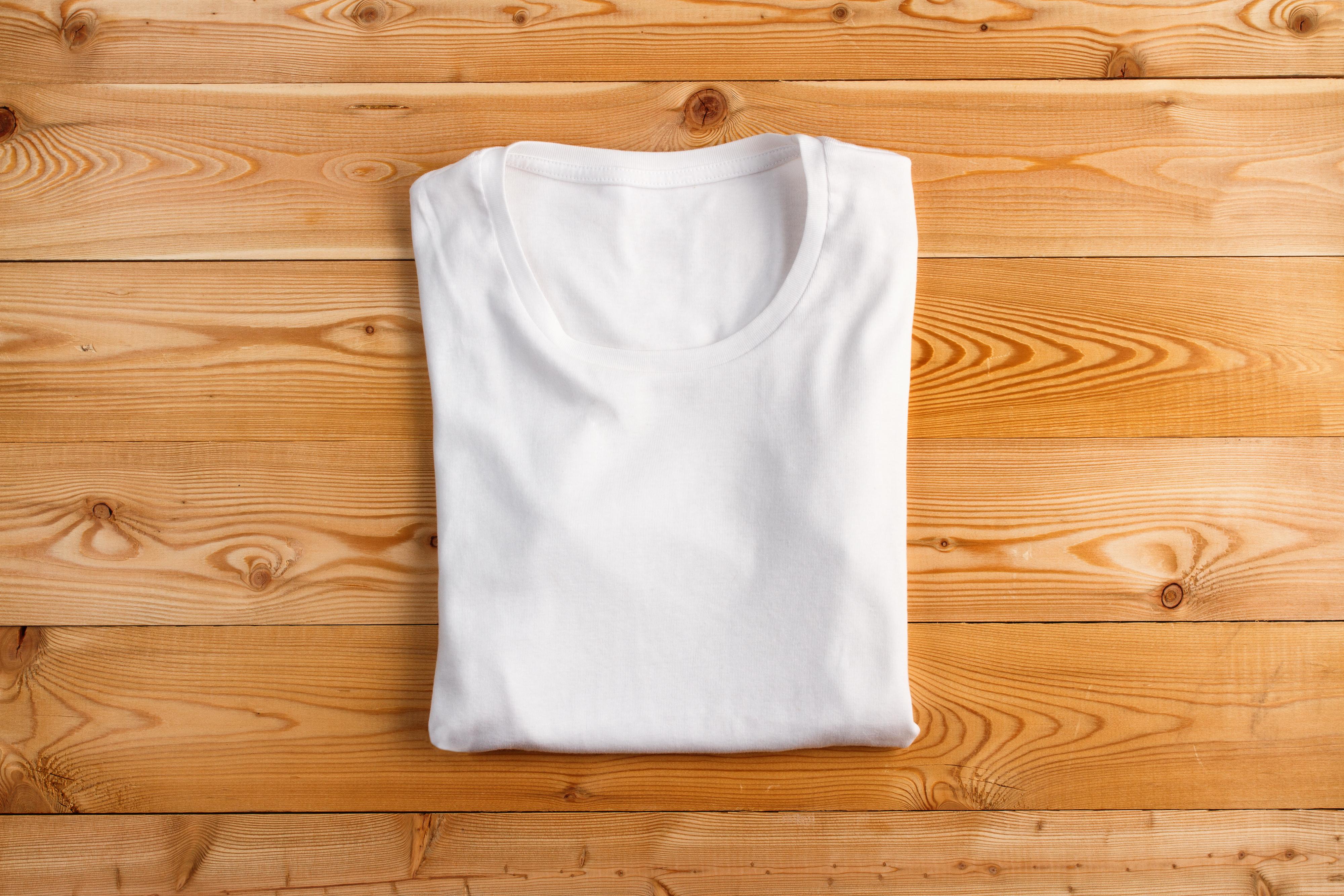 Come Piegare Le Maglie.Come Piegare Le T Shirt Velocemente