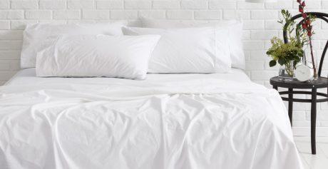 Far tornare le lenzuola bianche e brillanti? Si può