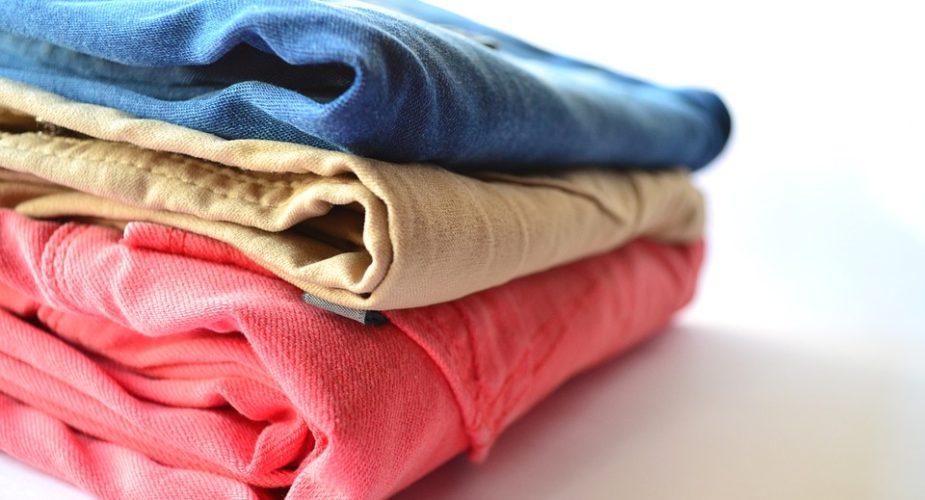 La temperatura di lavaggio dei jeans: come non rovinarli