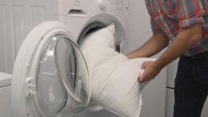 Come lavare i cuscini in fibra sintetica