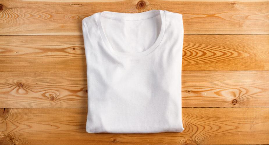 Come piegare le t-shirt velocemente?