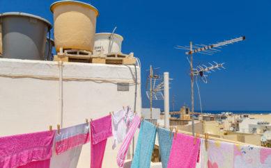 Come salvare il colore dai vestiti?