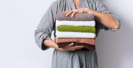 Come eliminare la puzza dagli asciugamani?