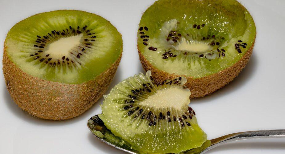 Come  togliere le macchie di kiwi